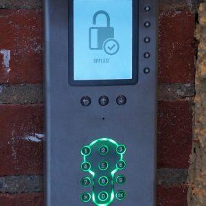 Porttelefon Ringa 1707 i upplåst läge.